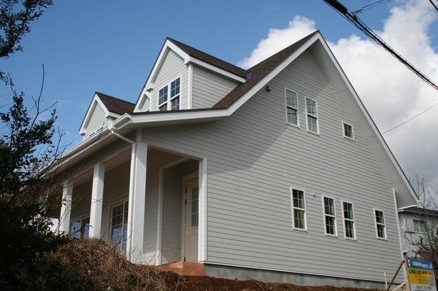 アリスの家シリーズ ポーチテラスの広いハウス