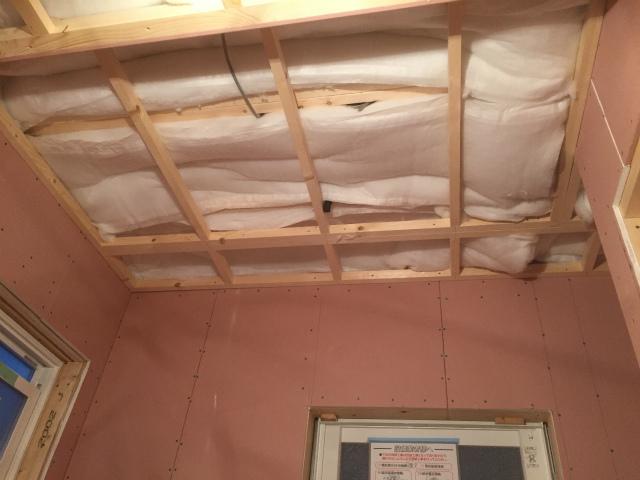 天井断熱材
