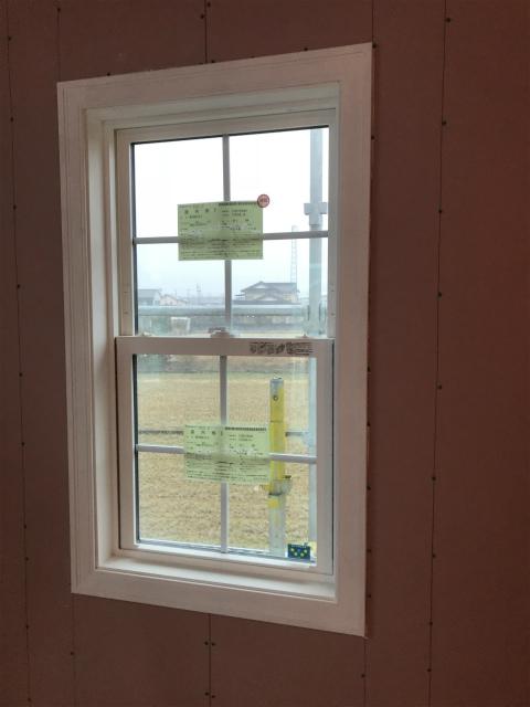 アーチ型の窓!