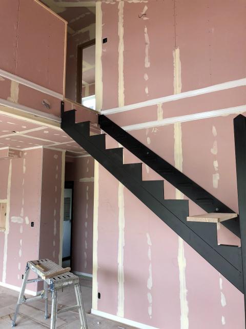 階段組みますよ~
