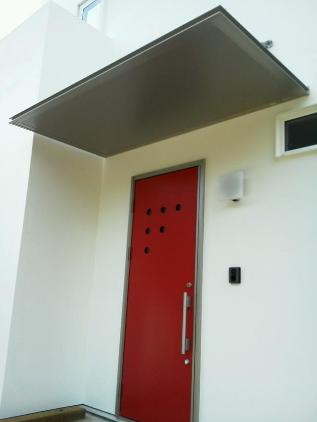片流れ屋根の近代的でモダンなお家