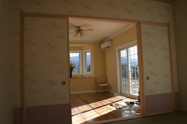 オシャレでかわいいラップサイディング住宅